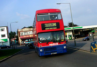 Route 240, Metroline, M306, BYX306V, Holdens Hill Circus