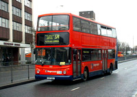 Route 374, Stagecoach London 17137, V137MEV, Romford