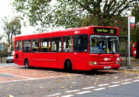 Route 202, Metrobus 323, V323KMY, Blackheath