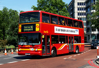 Route 10, First London, VNL32276, LT52WXF, Marble Arch