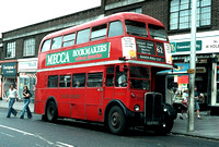 Route 62, London Transport, RT3894, LLU693