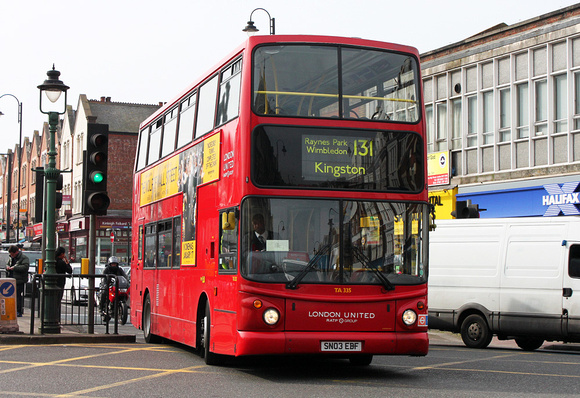 Route 131, London United RATP, TA335, SN03EBF, Tooting Broadway