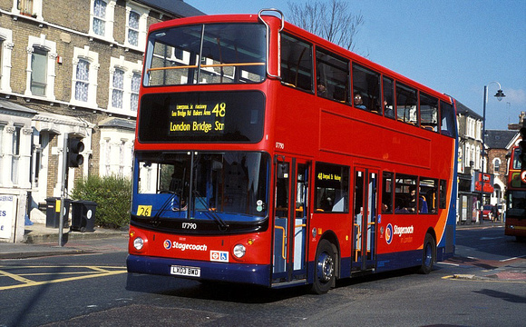Route 48, Stagecoach London 17990, LX03BWD