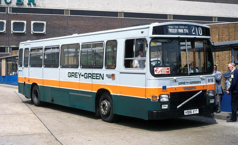London Bus Routes Route 210 Brent Cross Finsbury Park