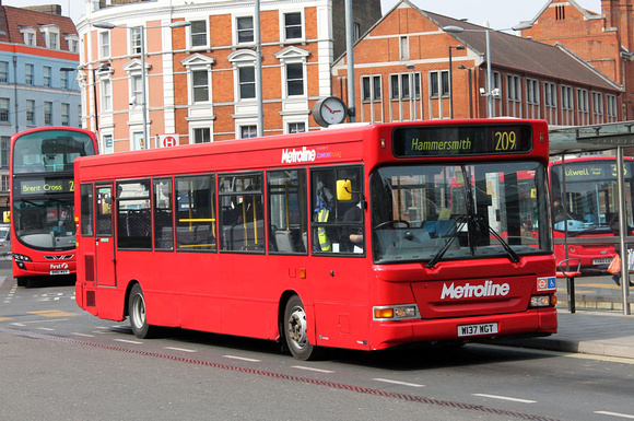 Route 209, Metroline, DP37, W137WGT, Hammersmith