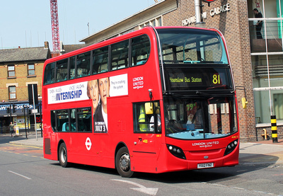 Route 81, London United RATP, ADE17, YX12FNZ, Hounslow