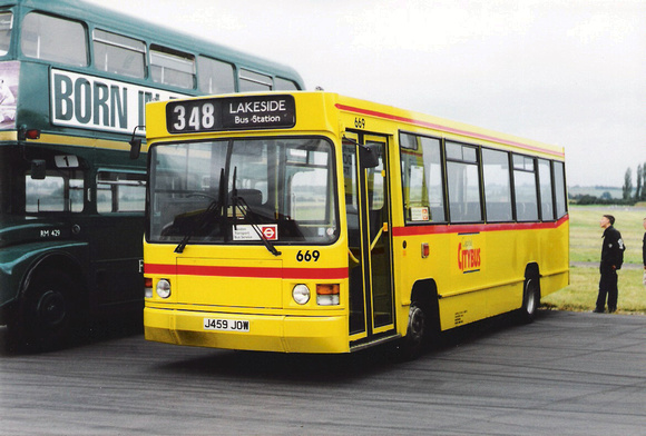 Route 348, Capital Citybus 669, J459JOW