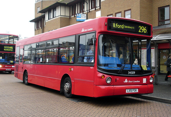 Route 296, East London ELBG 34309, LX51FGK, Romford