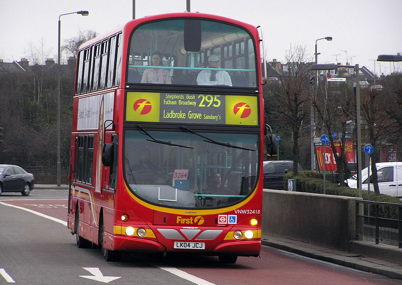 London Bus Routes Route 295 Clapham Junction Ladbroke