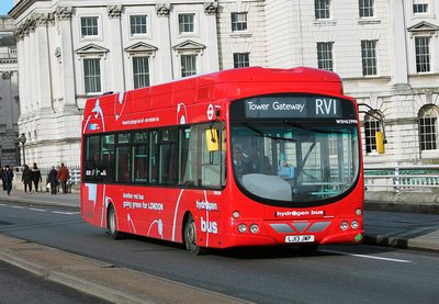 Route RV1, Tower Transit, WSH62996, LJ13JWP, Waterloo Bridge