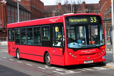 Route 33, London United RATP, DE122, YX60CCF, Hammersmith