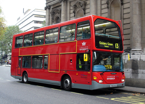 Route 13, London Sovereign, SLE31, YN55NJU, Aldwych