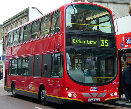 Route 35, London Central, WVL249, LX06EAO, Clapham Junction