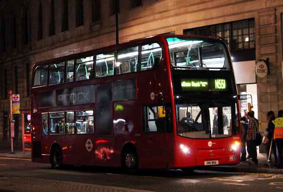 Route N551, Tower Transit, DN33616, SN11BNA, Charing Cross