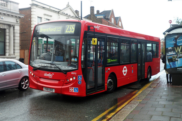 Route 235, Abellio London 8572, YX61BXG, Brentford