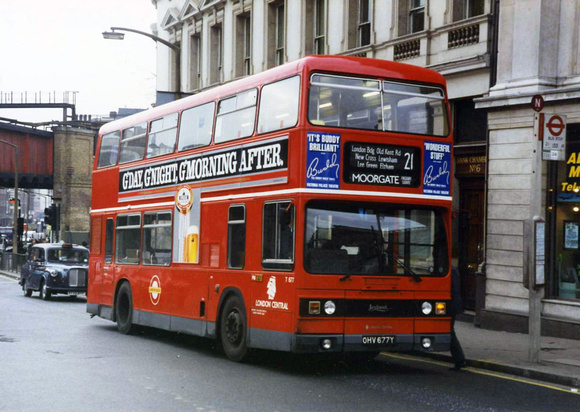 Route 21, London Central, T677, OHV677Y, Southwark