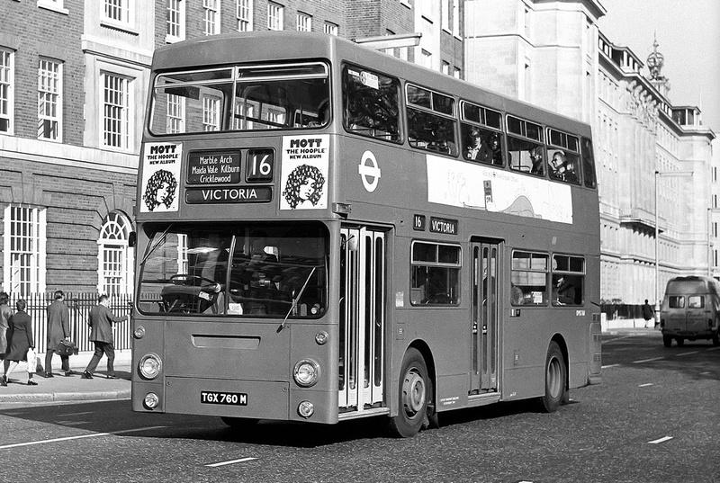 London Bus Routes Route 16 Cricklewood Bus Garage