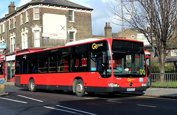 Route 170, Go Ahead London, MEC50, BT09GPJ, Clapham Junction