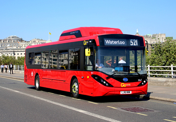 Route 521, Go Ahead London, SEE7, LJ16NNM, Waterloo Bridge