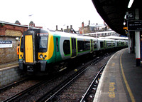 London Midland, 350113, Clapham Junction
