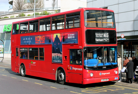 Route 165, Stagecoach London 17990, LX53KBV, Romford