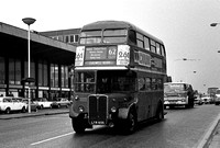 Route 62, London Transport, RT2671, LYR655, Barking
