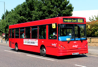 Route R68, Abellio London 8752, RN52FYO, Kew Retail Park