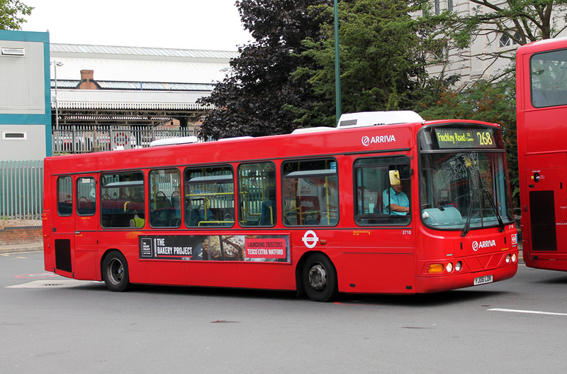 London bus routes route 268 finchley road o2 centre for Time table bus 99