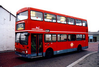 Route 234, London Northern, VRG415T