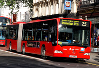 Route 25, East London ELBG 23046, LX04KZU, New Oxford Street