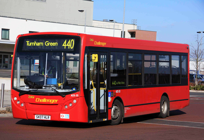 440 bus schedule