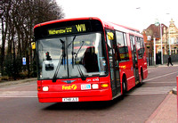 Route W11, First London, DM41748, X748JLO, Walthamstow
