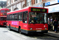 Route 239, London General, DPL3, M203EGF,Victoria
