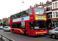 Route 697, First London, TNL32922, W922VLN, Ealing Common