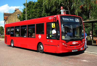 Route 126, Metrobus 756, YX13AHD, Bromley