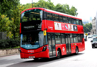 Route 2, Arriva London, HV310, LK17AHL, Hyde Park Corner