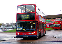 Route 262, Stagecoach London 17497, LX51FMY, Beckton Asda