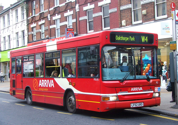 Route W4, Arriva London, PDL92, LF52URO, Wood Green