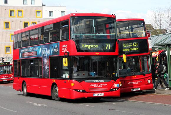 London Bus Routes Route 71 Chessington Kingston