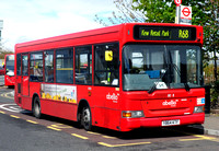 Route R68, Abellio London 8058, Y864KTF, Hampton Court