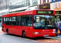Route 366, East London ELBG 34202, W202DNO, Barking