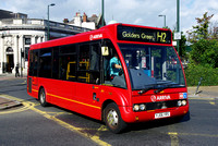 Route H2, Arriva The Shires 2470, YJ06YRS