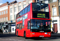 Route 125, Arriva London, DLP98, LF52URC, Southgate