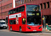 Route 220, London United RATP, ADE57, YX62BJU, Hammersmith