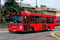 Route 110,  London United RATP, DPS586, SN51TDX, Hounslow